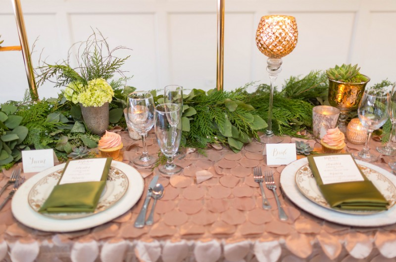 Image for A Gorgeous Green, Gold and Blush Winter Inspiration Shoot
