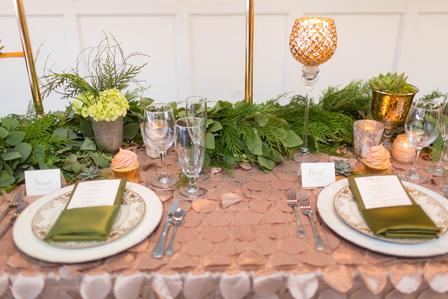 green-and-gold-wedding-inspiration