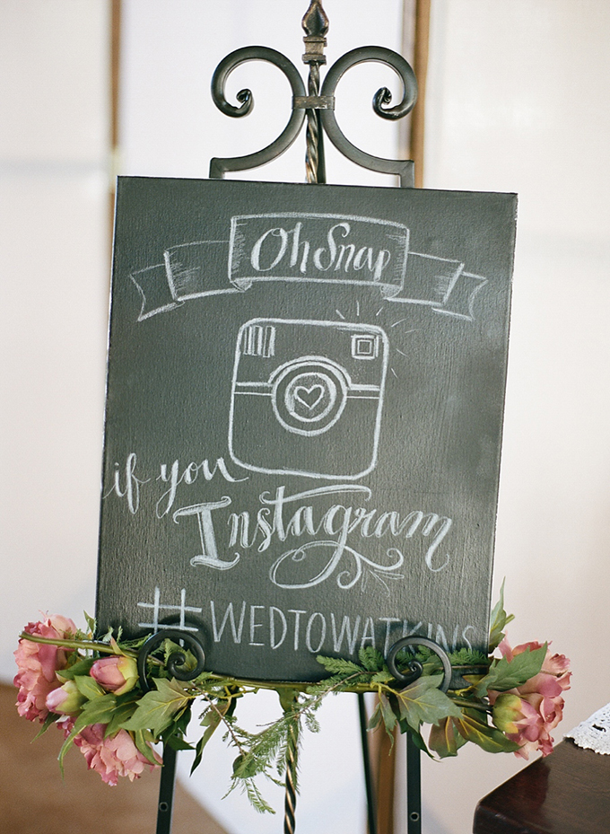 chalkboard-wedding-signage-social-media-hashtag