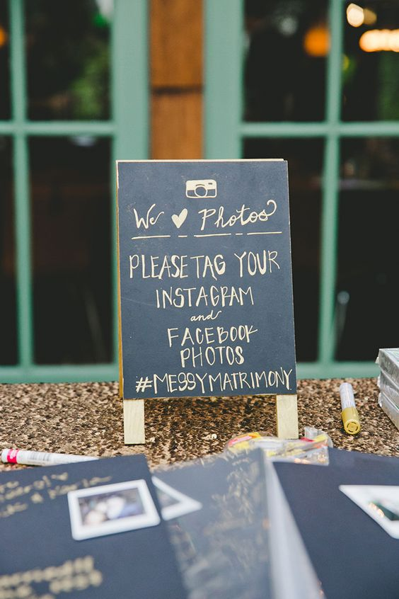 chalkboard-wedding-social-media-signage