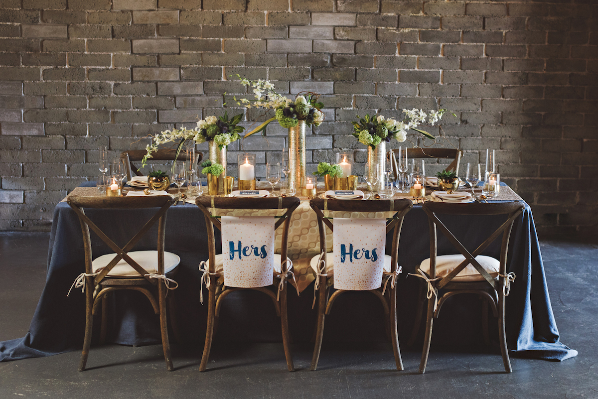 hers-and-hers-wedding-chair-signage