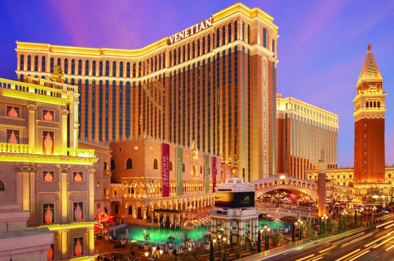 Image for Viva Las Vegas! The Hotel That's Perfect for Proposals, Bach Parties, Weddings AND Honeymoons