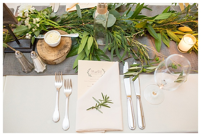connecticut-vineyard-wedding-tablescape-greenery