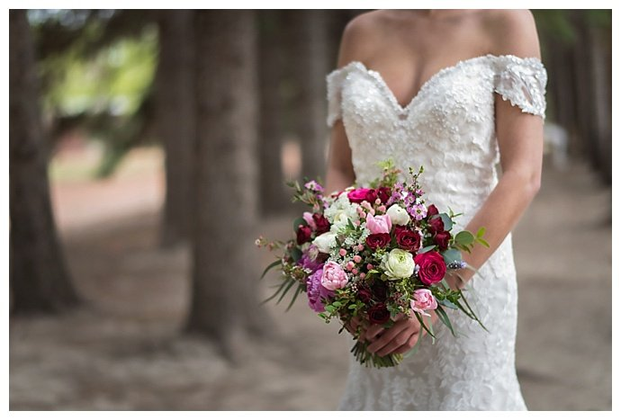 rustic-pink-floral-bouquet-chloe-buie-photography