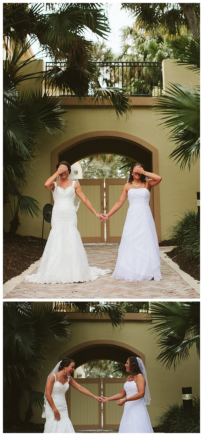 brides-first-look-wedding-photography