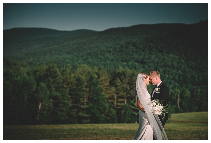 love-and-perry-photography-classic-mountain-wedding9