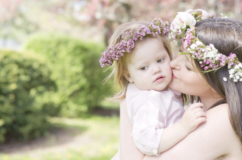 Image for A Gorgeous, Flower-Filled Springtime Expecting Session