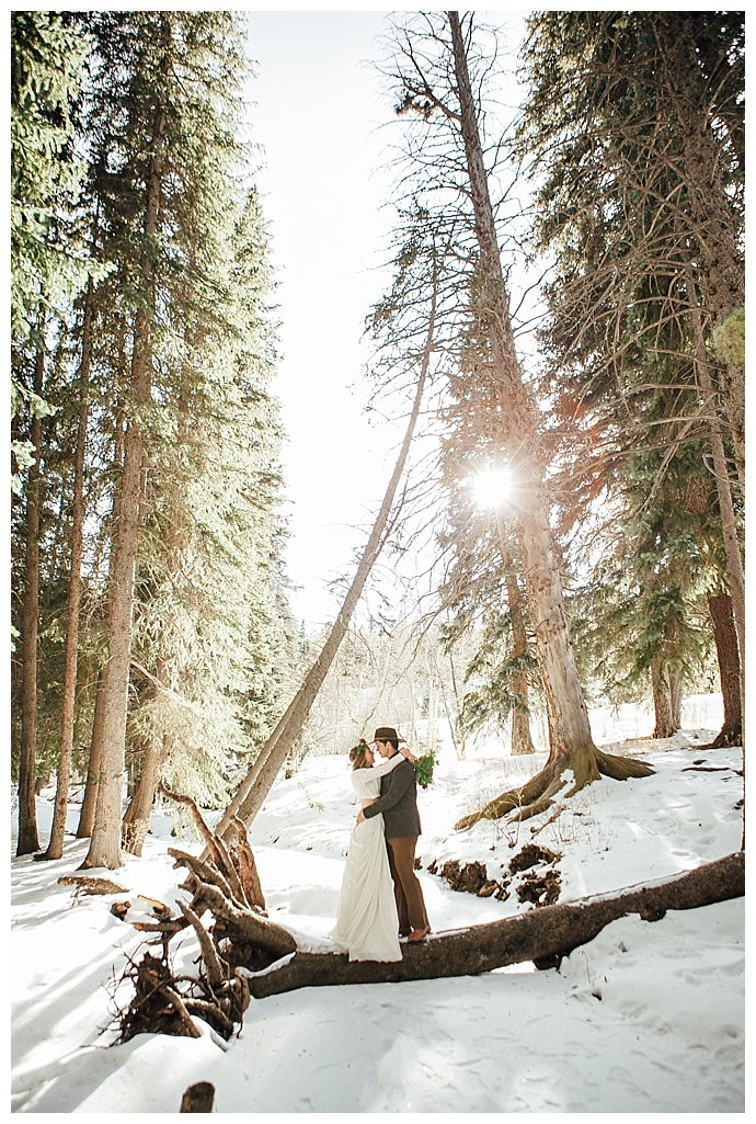 forest-winter-wedding-photography