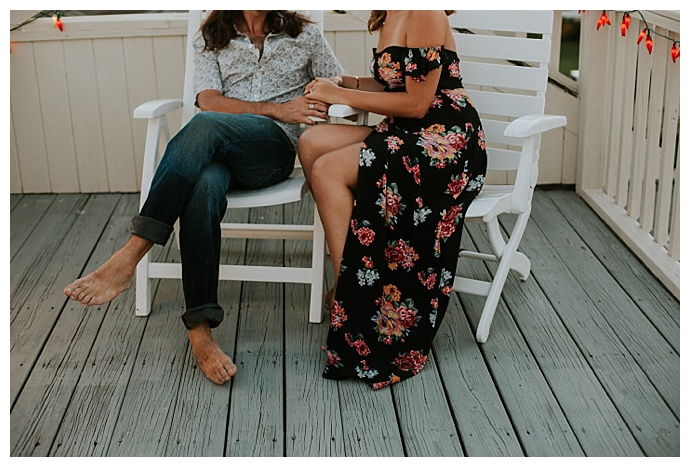 beach-house-engagement-session