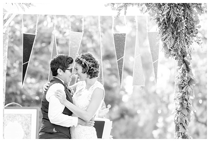 black-and-white-ceremony-photos-maya-meyers-photography