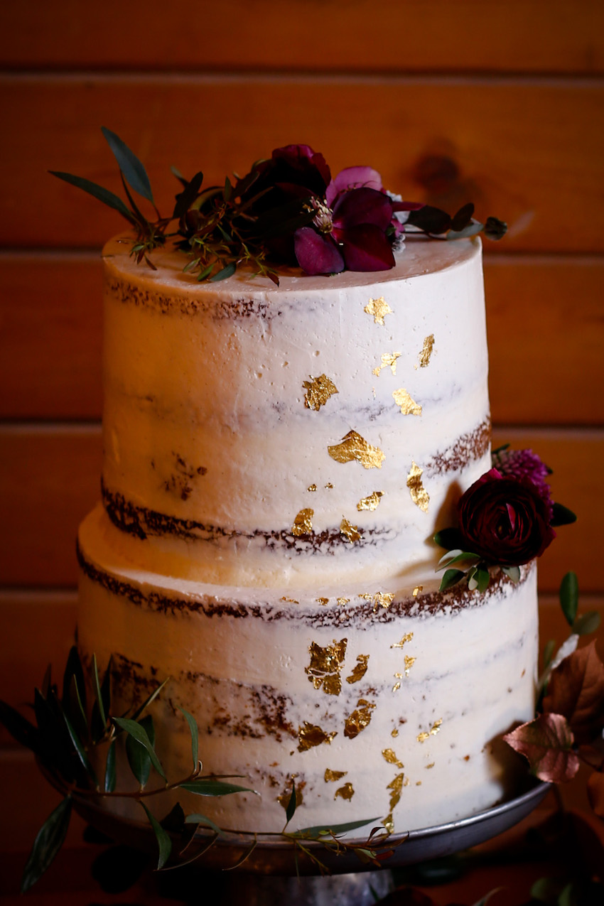 Dusted Gold Flecked Wedding Cake