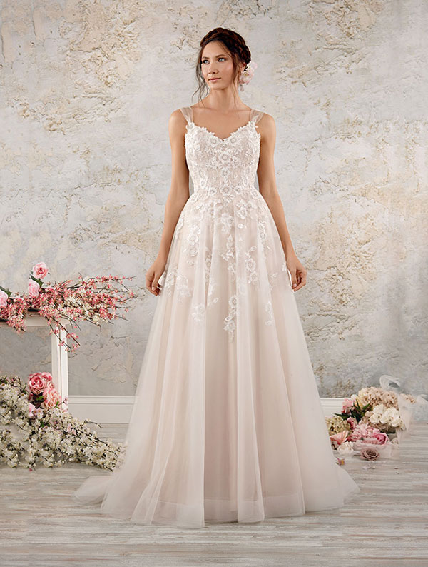 alfred-angelo-extended-size-wedding-dress
