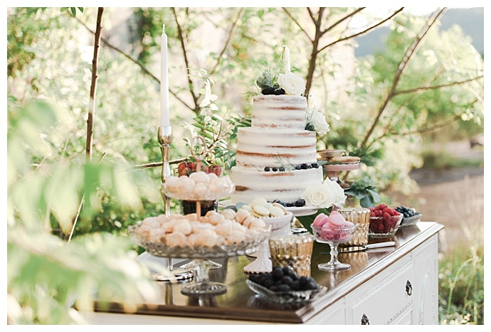 britani-edwards-photography-glamorous-vintage-cake-table