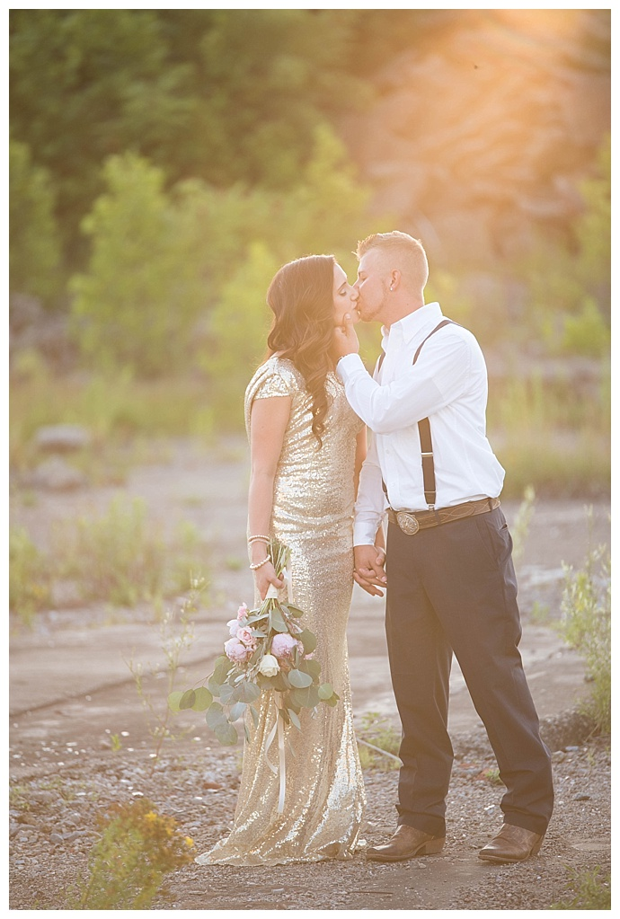 sunset-engagement-pictures-britani-edwards-photography