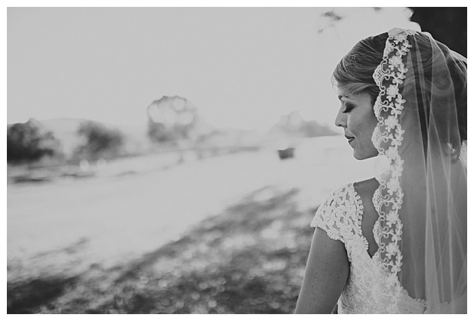 black-and-white-bride-portrait-ryan-horban-photography