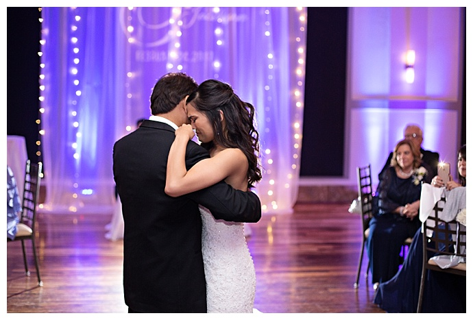 emotional-first-dance-wedding-photos-kristen-weaver-photography