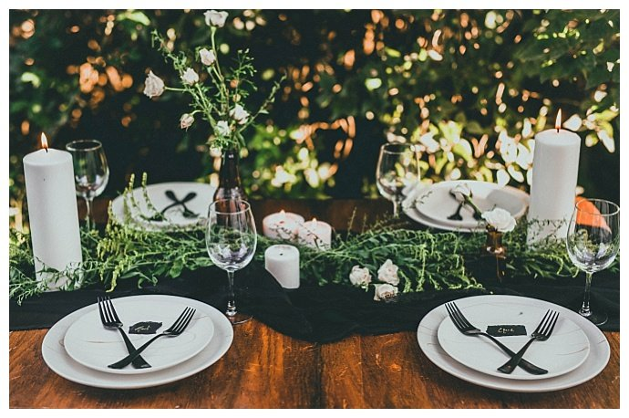 rustic-greenery-tablescape-nick-and-lauren-photography