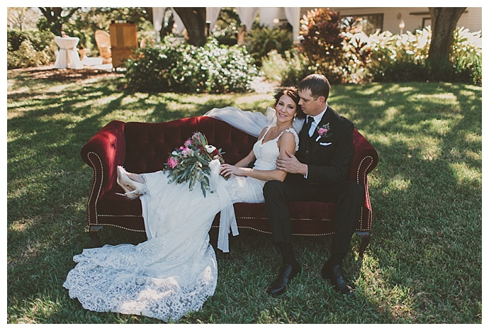 stacy-paul-photography-vintage-furniture-wedding-portraits