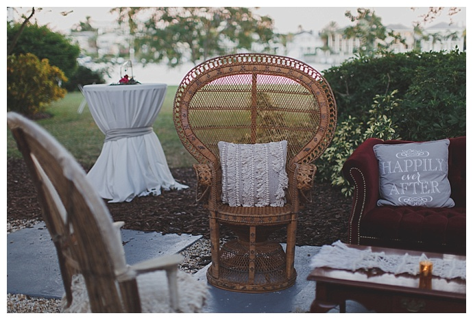 vintage-furniture-lounge-area-stacy-paul-photography