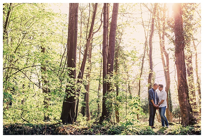 aaron-ka-photography-germany-forest-engagement-shoot