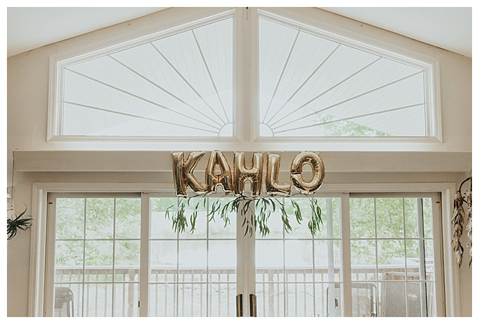 balloon-baby-shower-decor-sculpted-films-photography