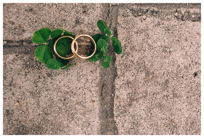 four-leaf-clover-ring-shot-dark-roux-photography