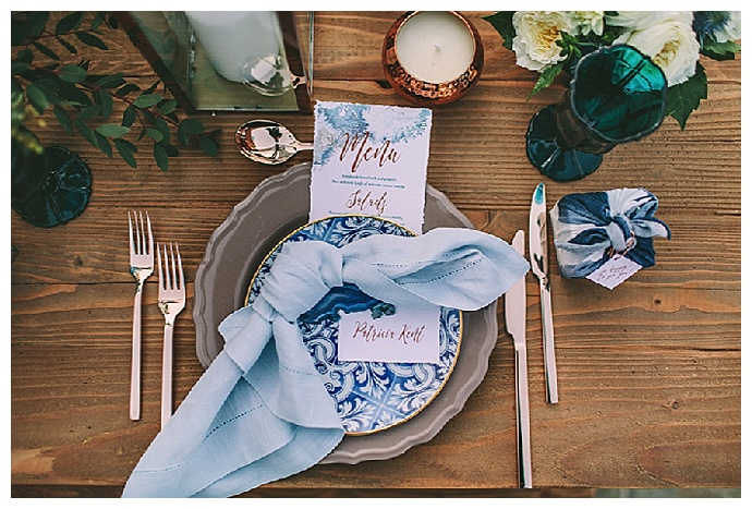 mykonos-inspired-blue-and-copper-wedding-tablescape-george-pahountis-photographer