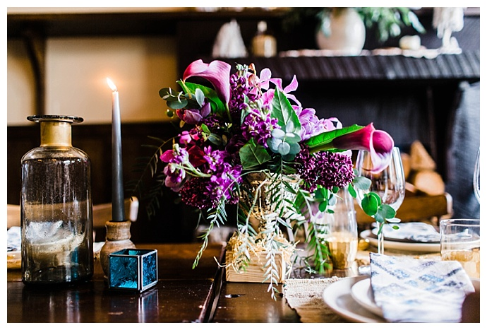 purple-calla-lily-wedding-table-centerpieces-leanne-rose-photography