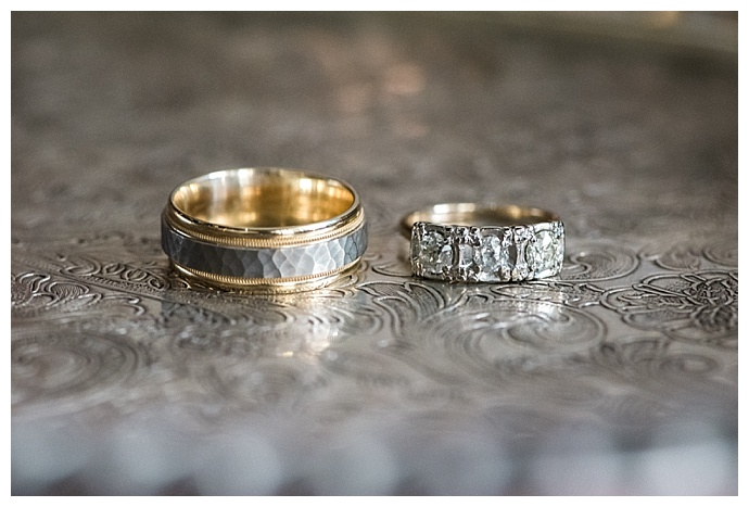 vintage-style-wedding-rings-pjn-photography