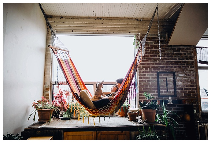 at-home-hammock-engagement-shoot-weddings-by-nato-photography
