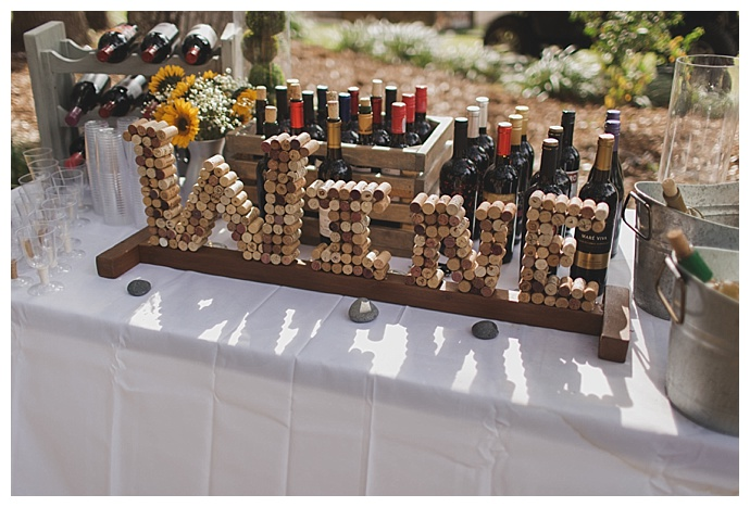 diy-wine-cork-wedding-sign-stacy-paul-photography