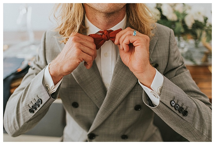 red-wedding-bow-tie-sam-and-lola-lee-photography