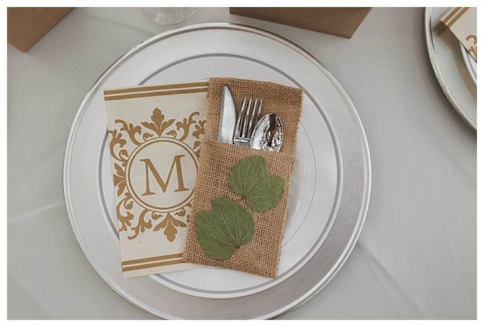 rustic-burlap-place-settings-stacy-paul-photography