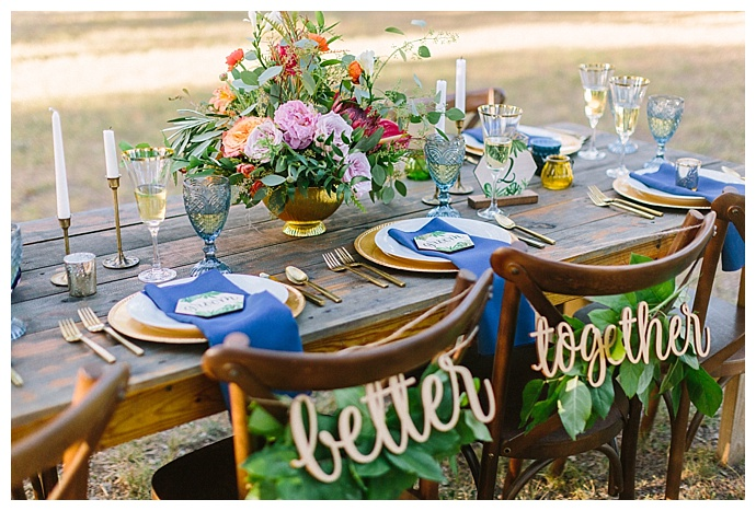 better-together-wedding-chair-signs-paige-vaughn-photography