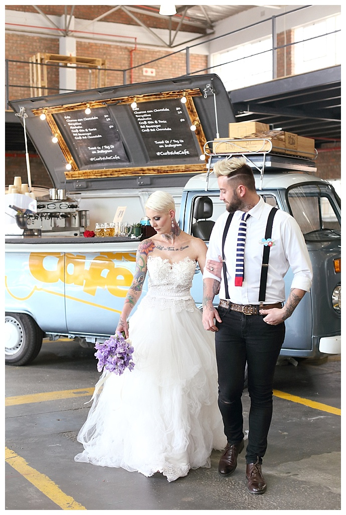 craft-beer-wedding-van-hello-love-photography-1