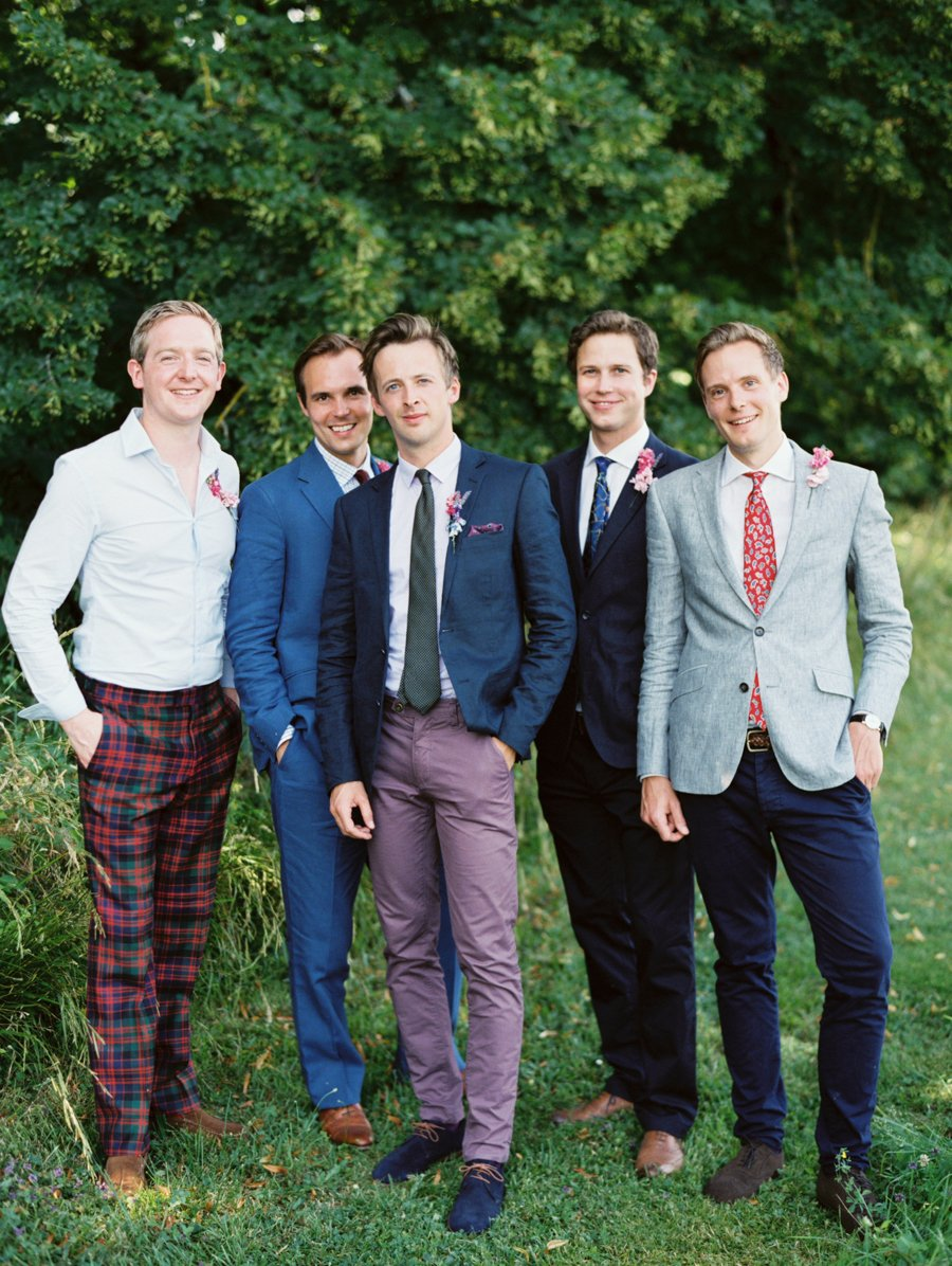 eclectic-mix-and-match-groomsmen