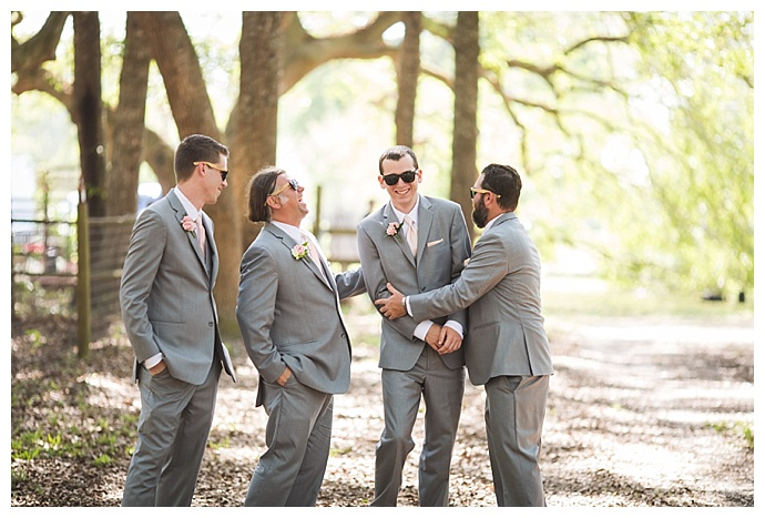 gray-groomsmen-suits-cory-lee-photography