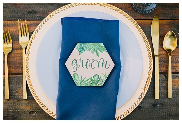 hexagon-tropical-place-cards-paige-vaughn-photography