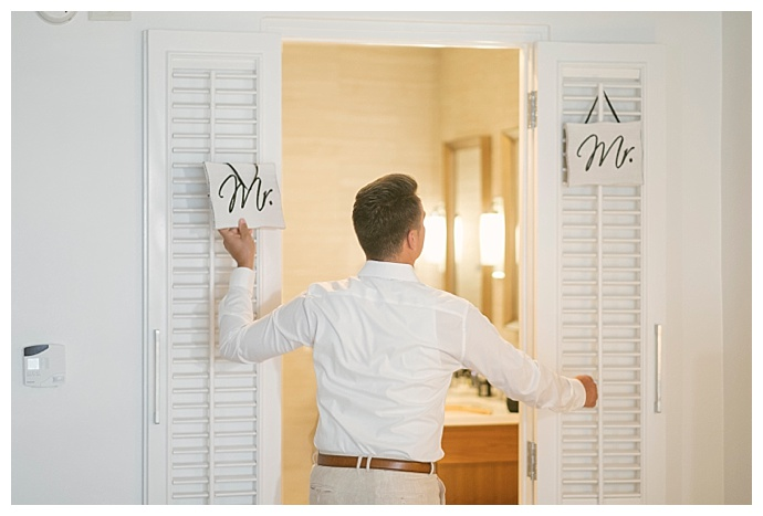 mr-and-mr-wedding-signs-e-p-anderson-photography