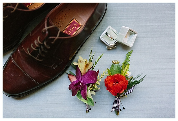 paige-vaughn-photography-tropical-wedding-boutonnieres