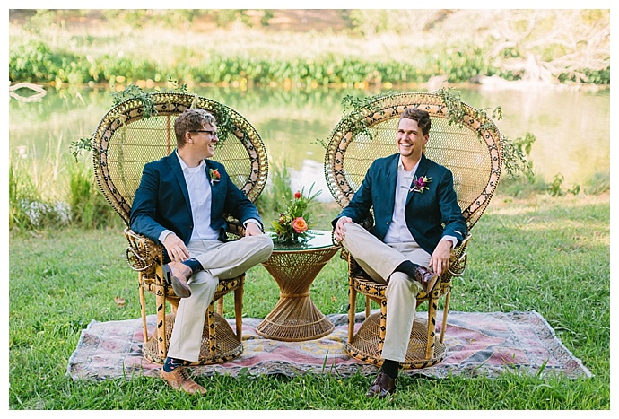 peacock-wedding-chairs-paige-vaughn-photography