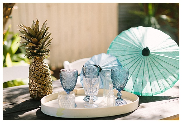 pineapple-wedding-decor-paige-vaughn-photography