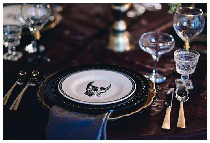 skull-charger-plates-agha-photo