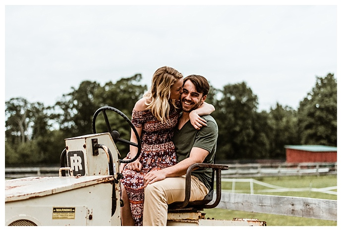 tractor-engagement-pictures-love-to-the-core-photography