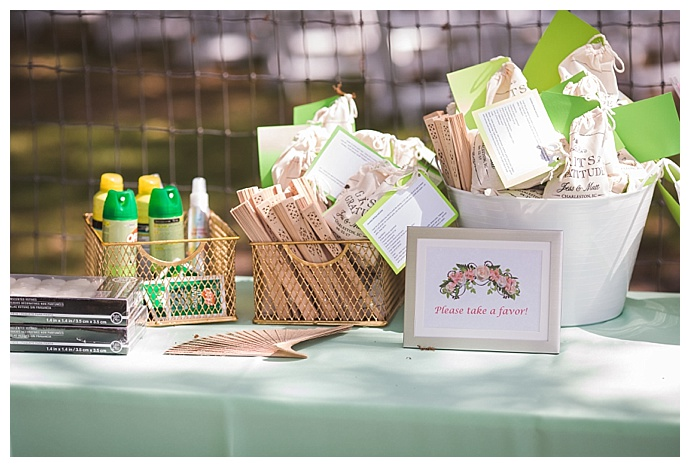 wedding-favor-table-cory-lee-photography