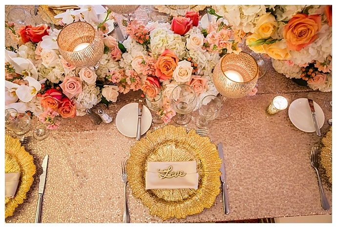 gold-and-blush-wedding-tablescape-true-photography