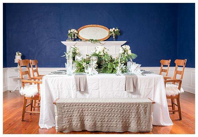 greenery-wedding-table-decor-lindsey-lyons-photography