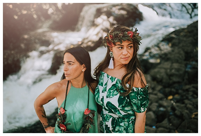 hawaii-waterfall-lgbt-engagement-shoot-mle-pictures