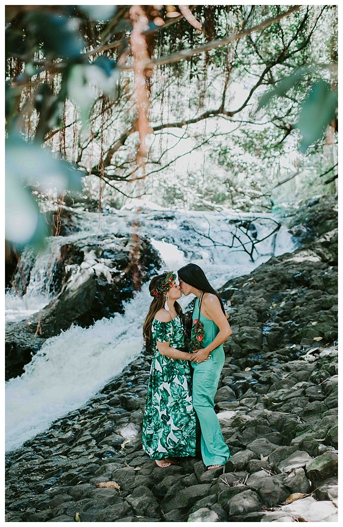 twin-falls-maui-waterfalls-engagement-shoot-mle-pictures
