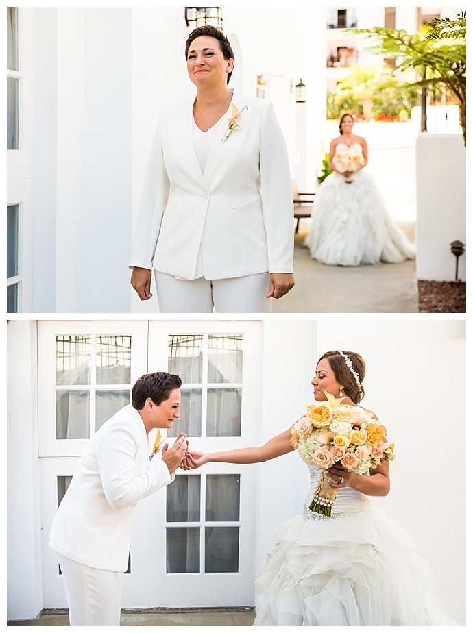 two-brides-first-look-true-photography